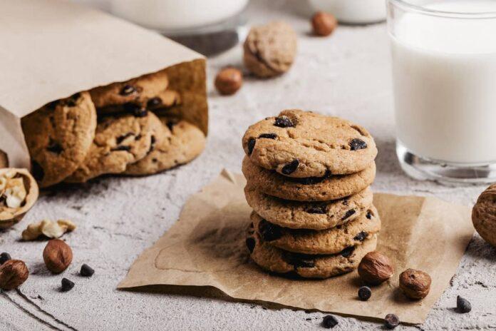 How to soften hard cookies?